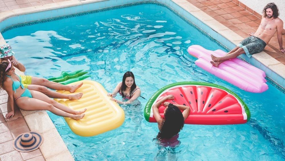 pool-party-idea