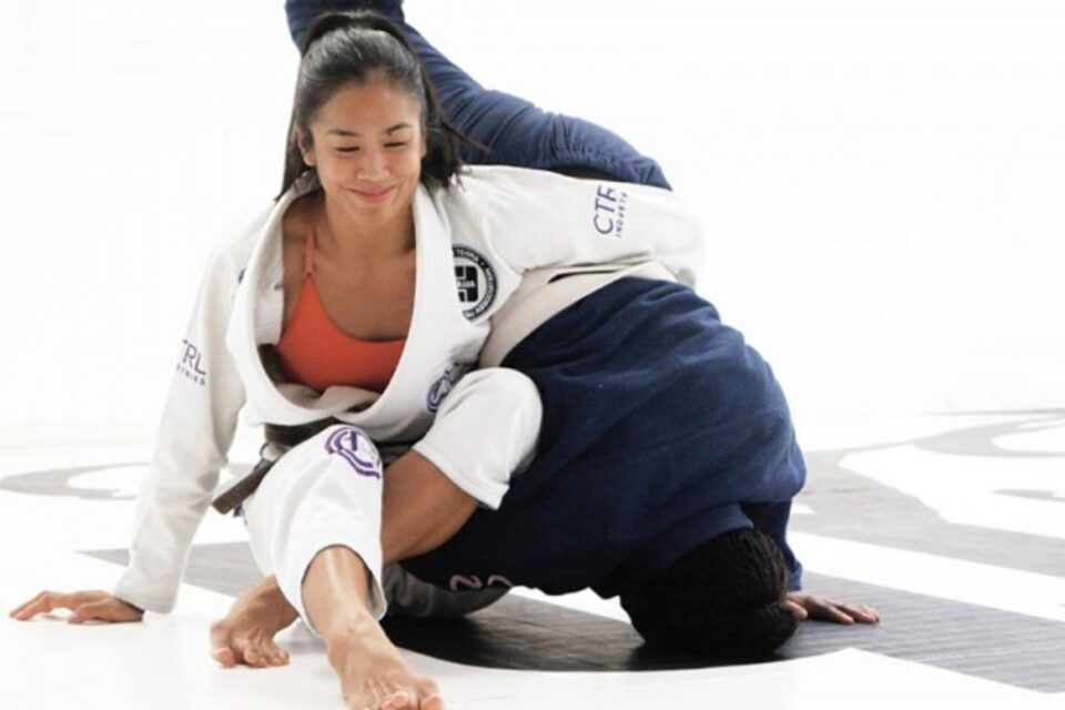 why-women-should-try-jiu-jitsu