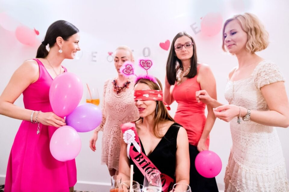 5 Go-To Bridal Shower Gifts-min